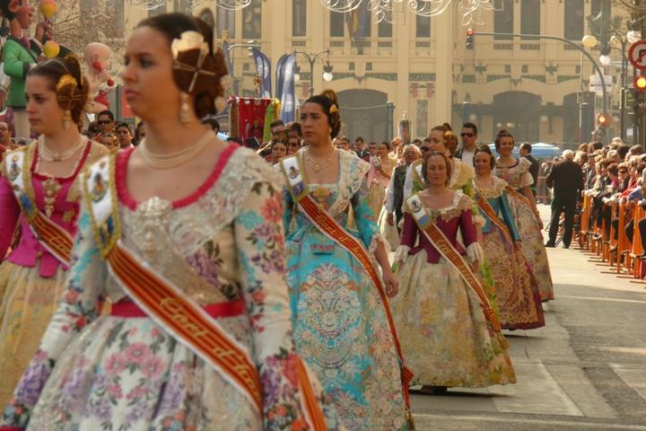 Фальяс в Валенсии Фото: calafellvalo