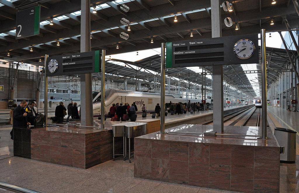 Железнодорожный вокзал Малаги (Maria Zambrano) фото: porochelt (flickr / C.C.)