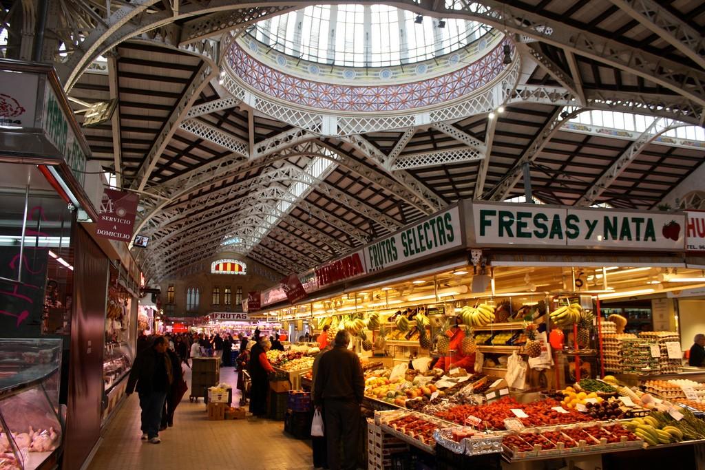 Центральный рынок «Эль Меркат» фото: Trevor Huxham (flickr / C.C.)