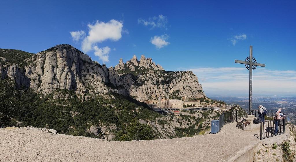 Монастырь Монсеррат в Барселоне ©Gargomo (Jose Luis)