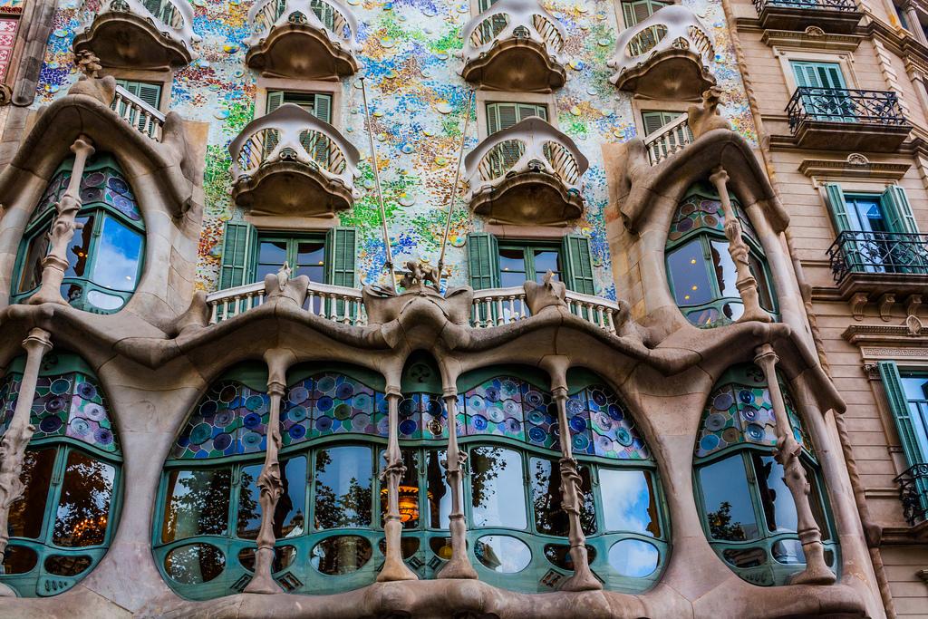 Дом Бальо в Барселоне / Фото: llamnudds (flickr / C.C.)