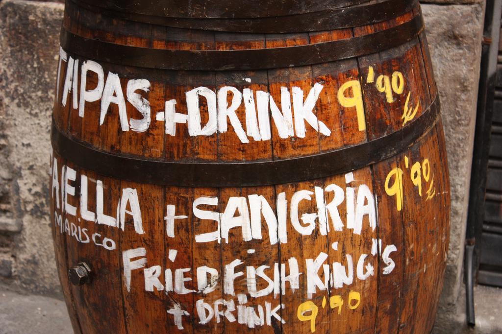 Из-за огромного количества туристов, цены в Барселоне гораздо выше, чем во многих других испанских городах / Фото: fotogramaclave (flickr / C.C.)
