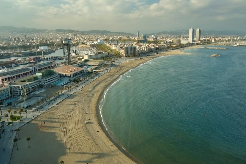 Сант Себастья. Лучшие пляжи в Барселоне / Фото: Adam Fowler (Flickr / C.C.)