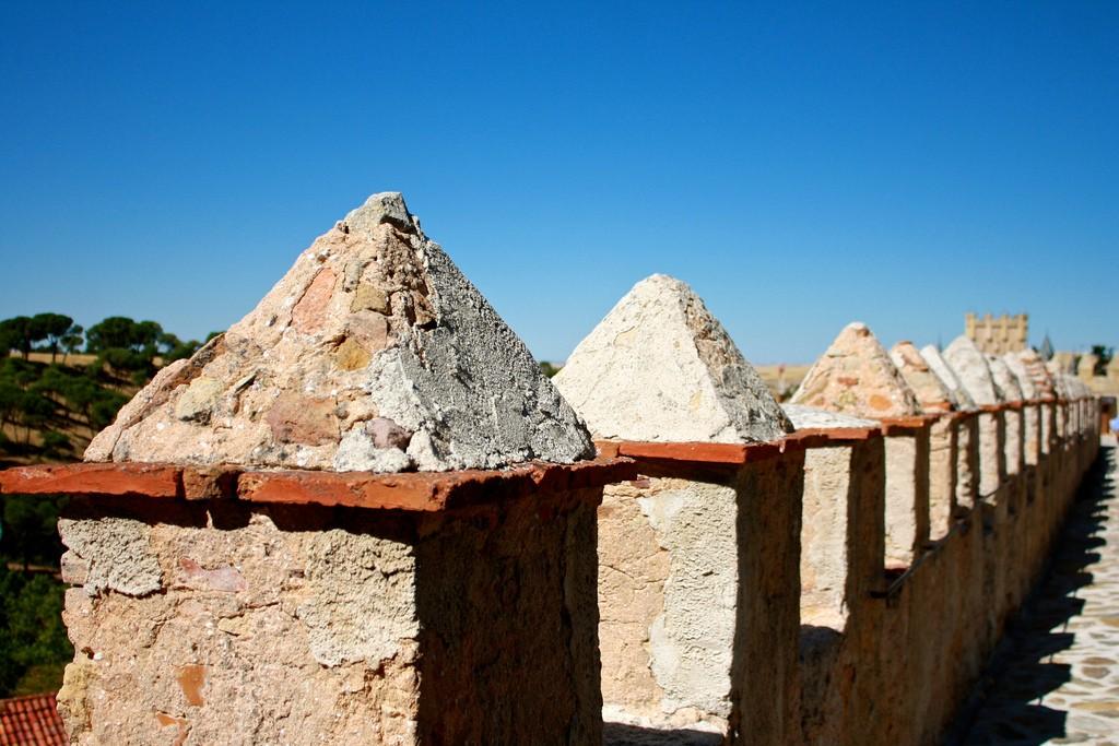 Городская стена Сеговии / Фото: Trevor.Huxham (Flickr / C.C.)
