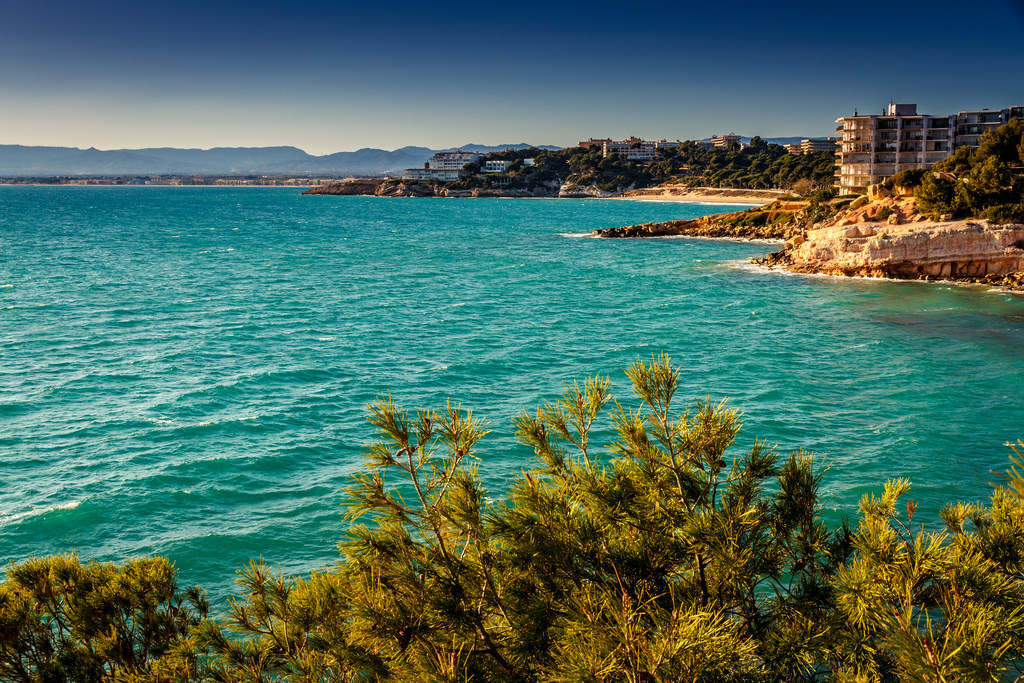 Пляжи Салоу- идеальное место для отдыха с семьей и друзьями / Фото: DOS82 (Flickr / C.C.)