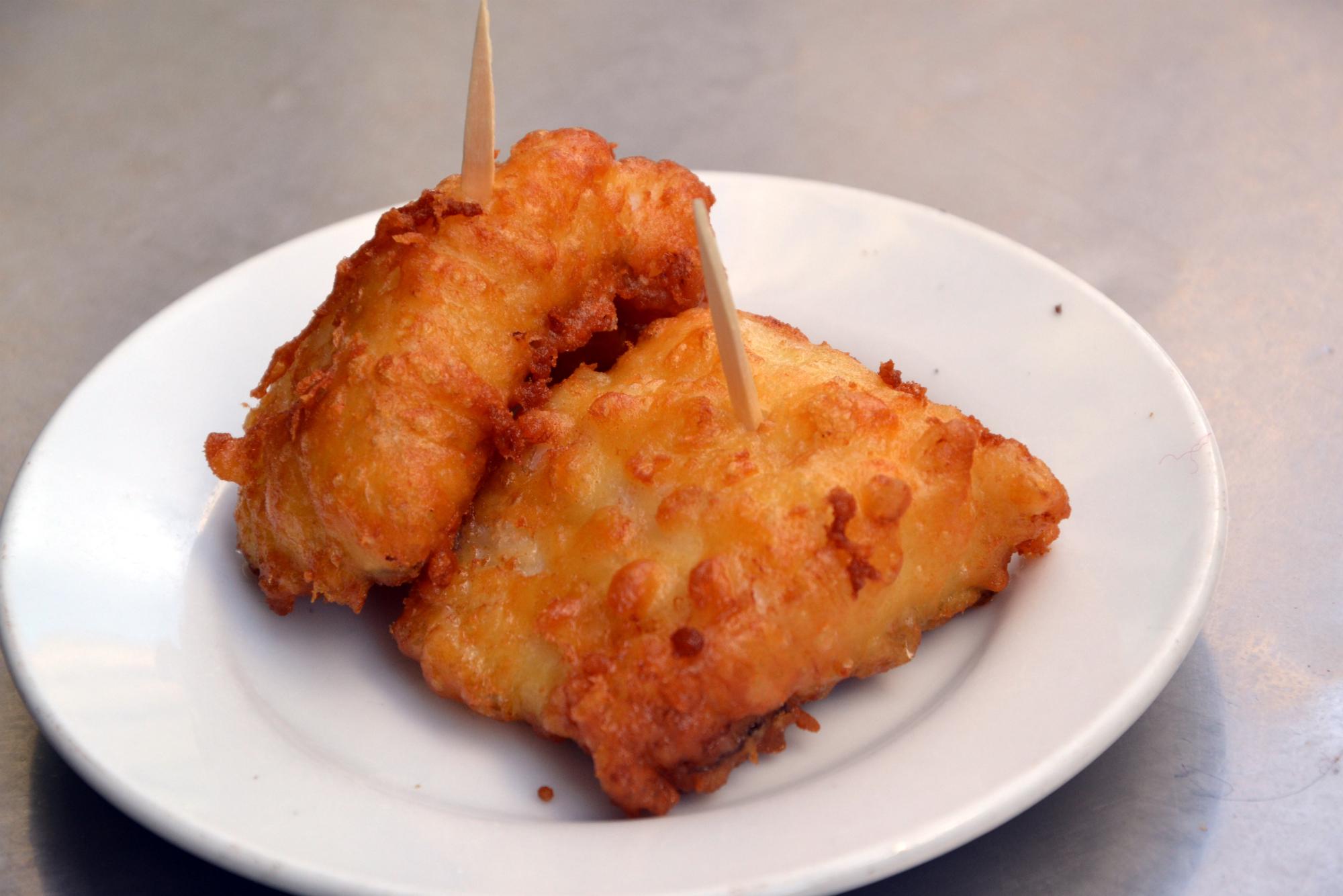 Bacalao Frito es una de las especialidades gastronómicas de Madrid que podrás probar en este recorrido de tapas