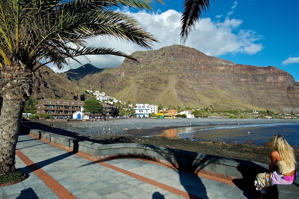 El Valle и пляжPlaya del Gran Rey- одни из самых посещаемых мест на острове Ла Гомера / Фото: jmbaud74 (Flickr / C.C.)