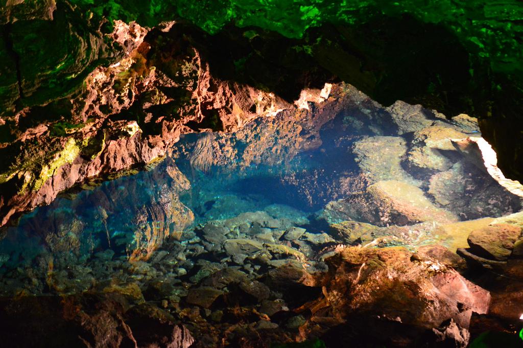 Туннель Атлантиды- это самый длинный подводный вулканический туннель в мире / perlaroques (Flickr / C.C.)