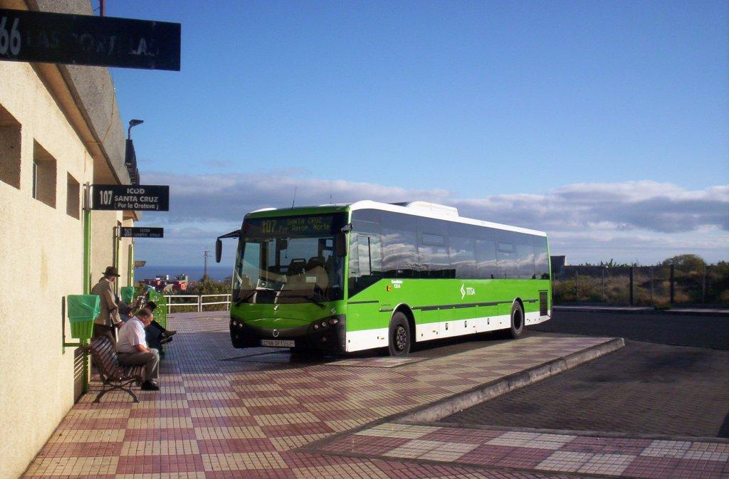 Часто автобус является единственным вариантом как добраться в некоторые отдаленные участки острова. / Фото: secrettenerife.co.uk / Flickr (C.C.)