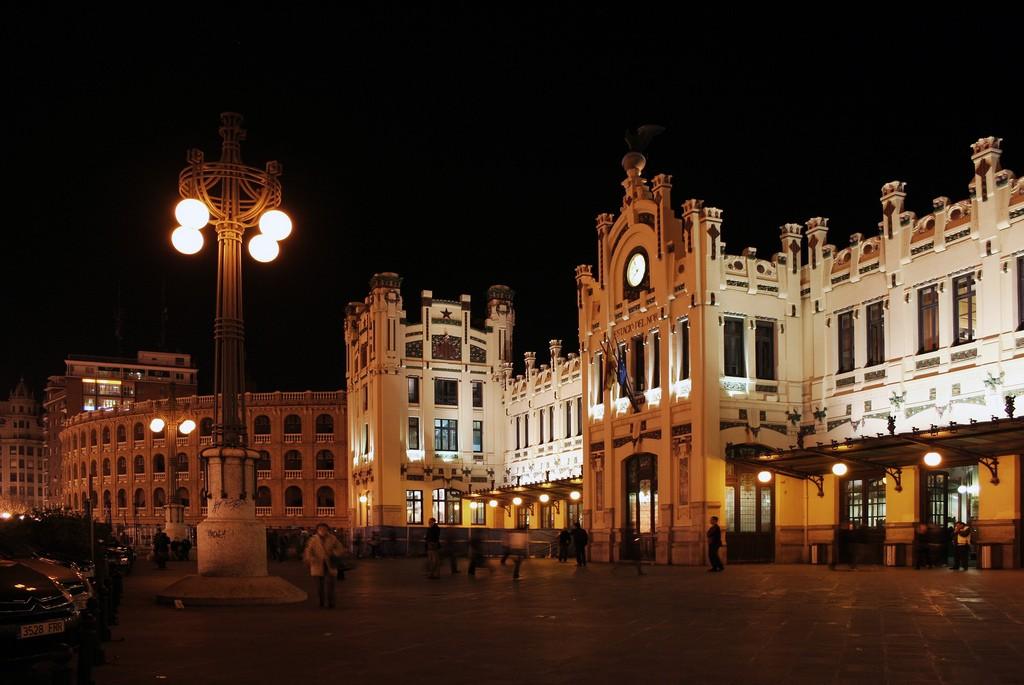 Estació del Nord (Вокзал) фото: c2rules (flickr / C.C.)