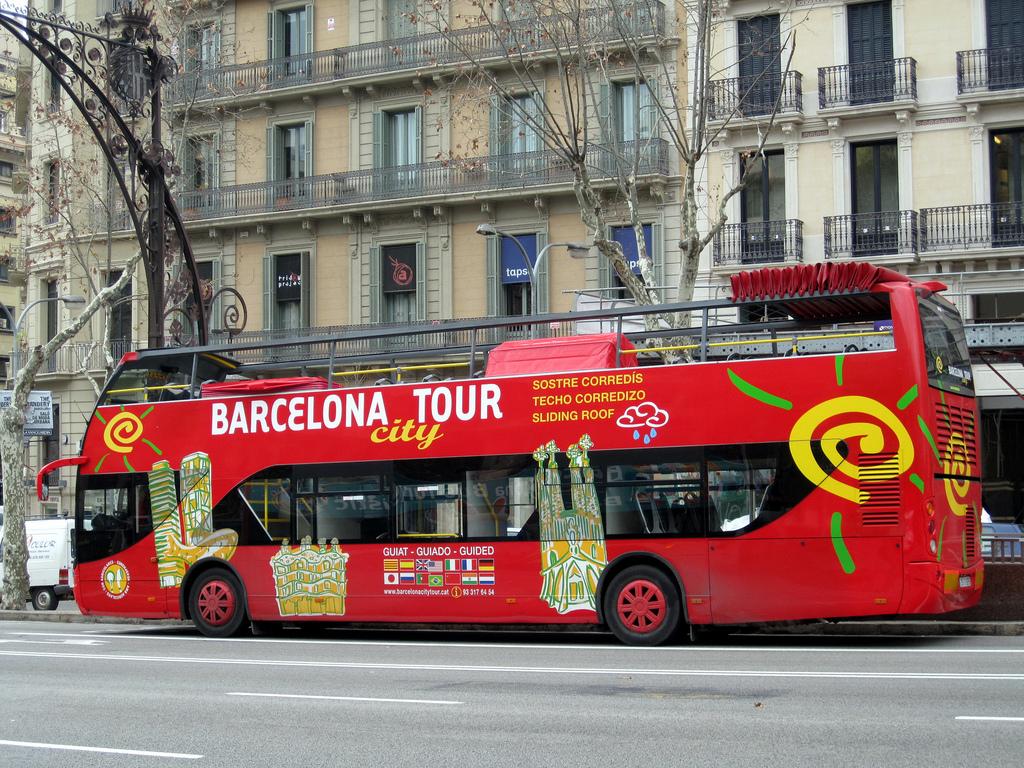 Туристический автобус в Барселоне / Фото: jose Gonzalvo (Flickr / C.C.)