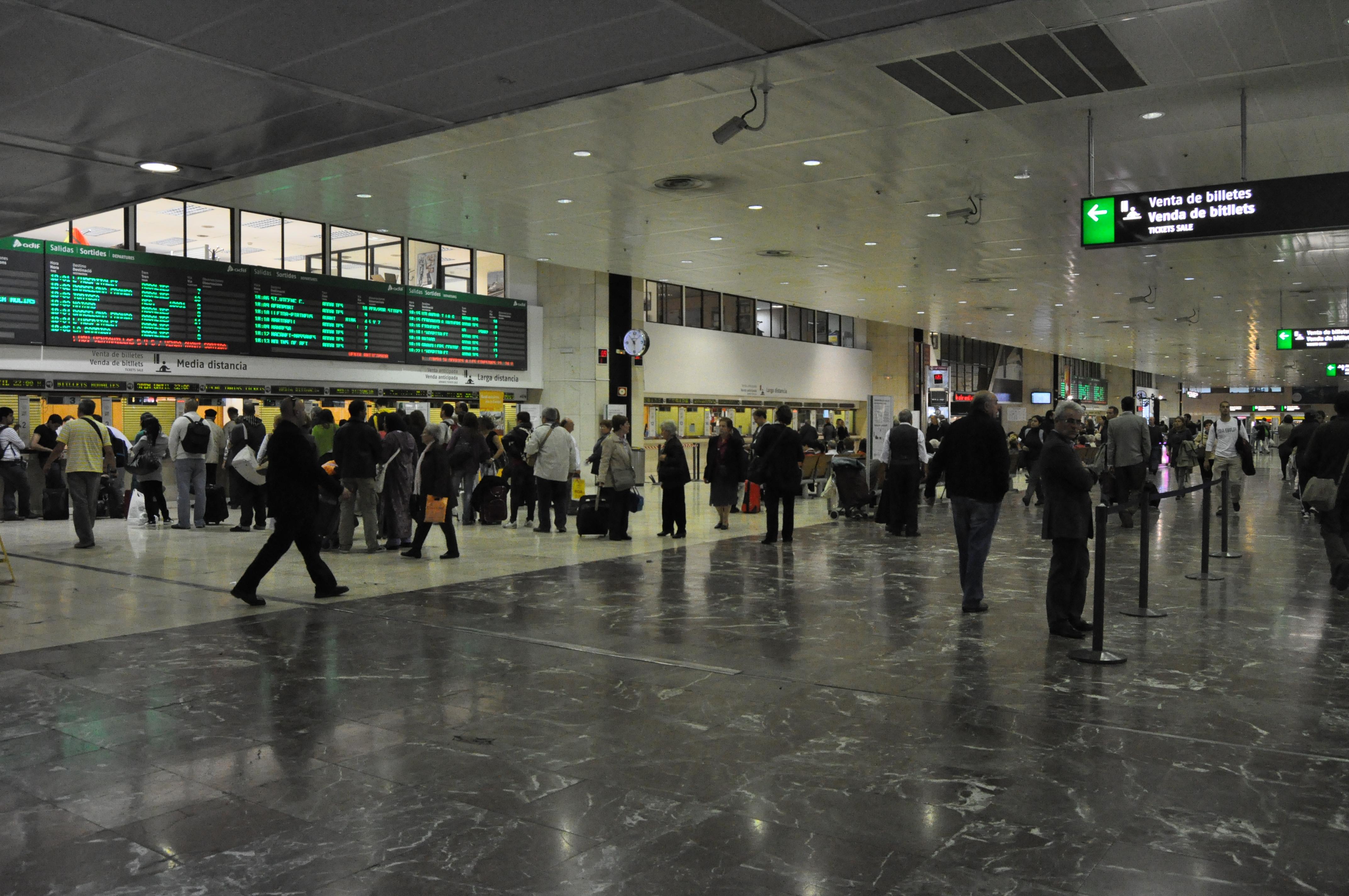 La Estación de Sants es la principal estación de Barcelona con 30 millones de pasajeros por año / Фото: Wikipedia (C.C.)