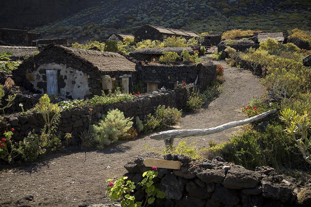 Экомузей Гвинеи показывает нам как выглядела традиционная аборигенная деревня/ Фото: ElHierroTurismo (Flickr / C.C.)