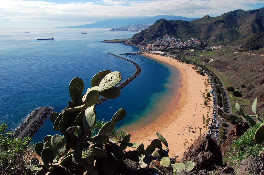 Пляж Тереситас рядом с Санта Крус де Тенерифе / Фото: davide zanchettin (Flickr / C.C.)